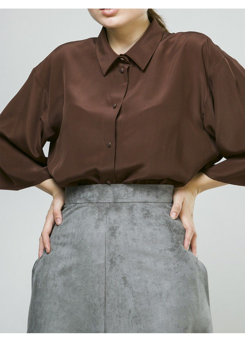 A La Russe Blouse in Chocolate