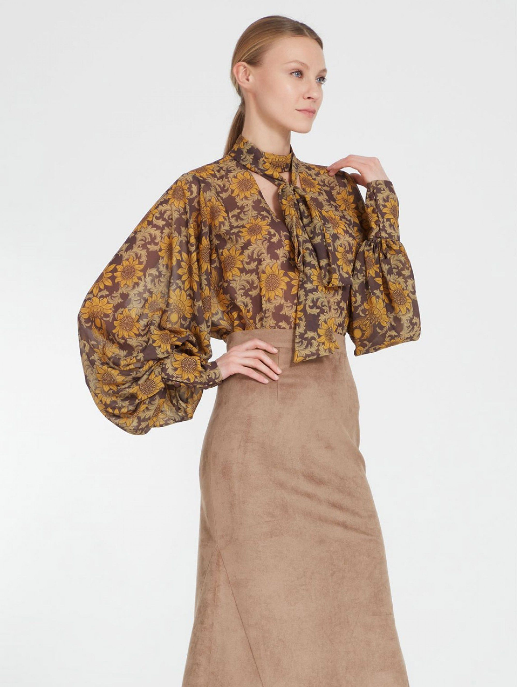 A La Russe Blouse with Sunflowers