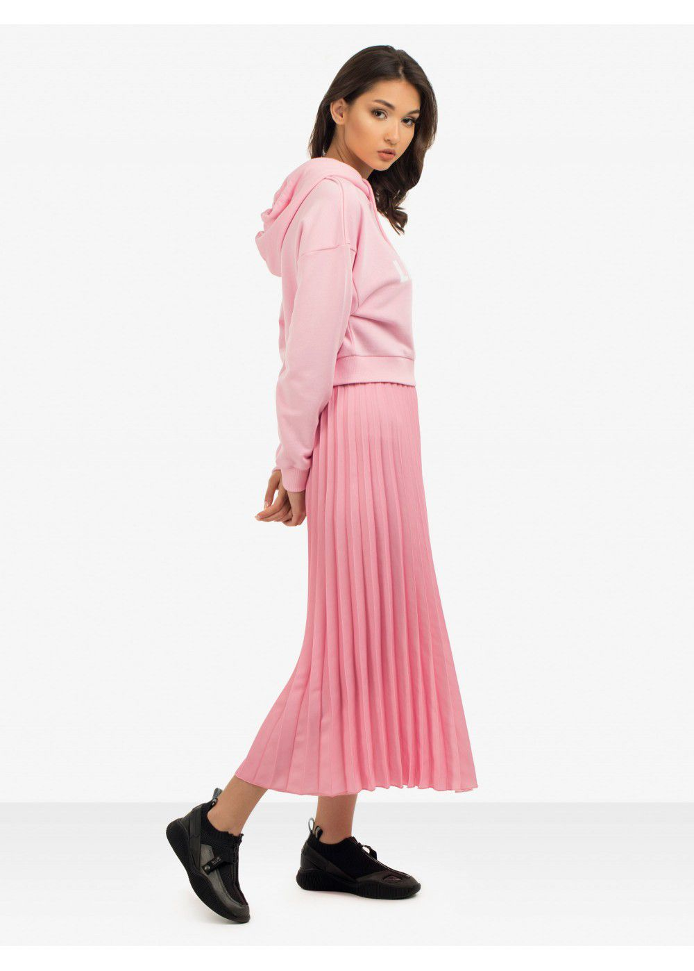 Quantum Courage Pleated Skirt in Pink