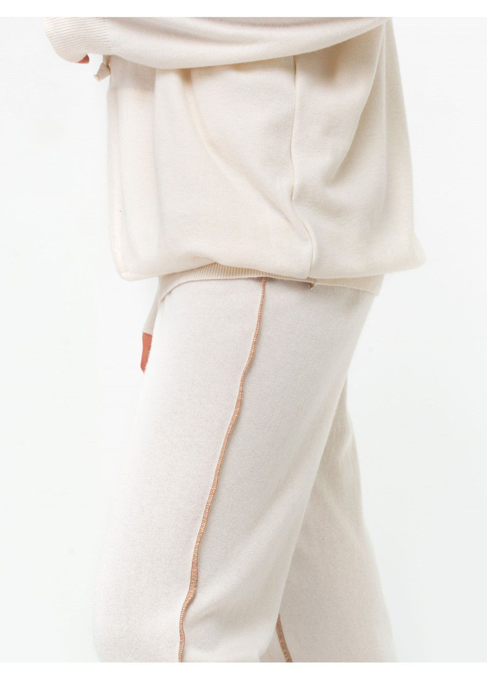 Ruban Knitted Trousers with Decorative Seams